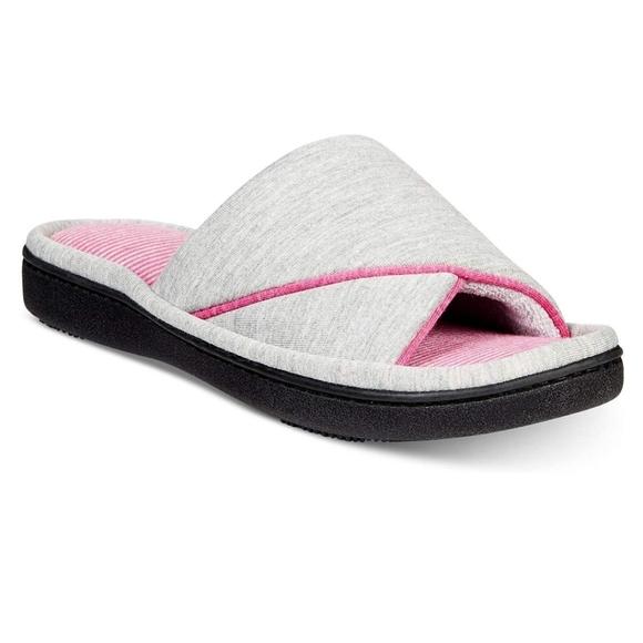 NWOT Isotoner Slippers